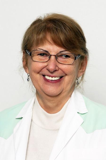 dr. Porochnavecz Marietta