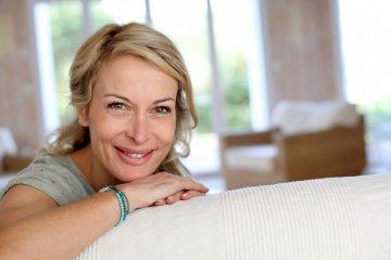 A klimax hormonterápiája nem csak a tüneteken javít