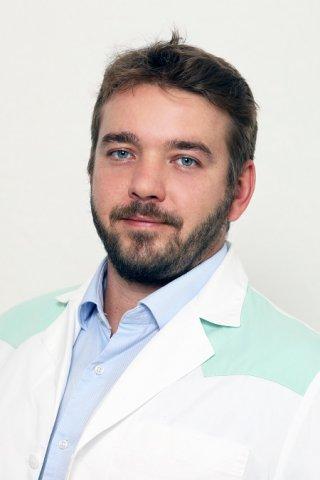 dr. Hernádi Balázs - szülész-nőgyógyász